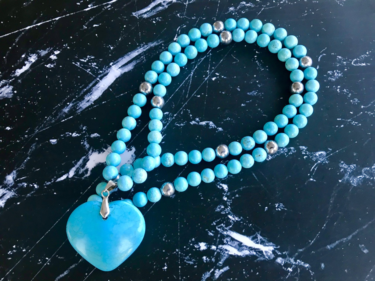 Turquoise Stone Heart - Necklace with Turquoise Gemstones & Stone Heart